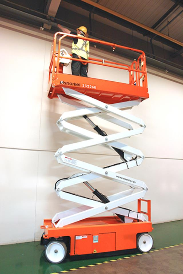 Where to find Lift scissors electric 26 in South Chicago Heights