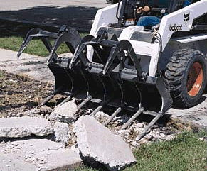 Where to find Bobcat S570 w grapple bucket in South Chicago Heights