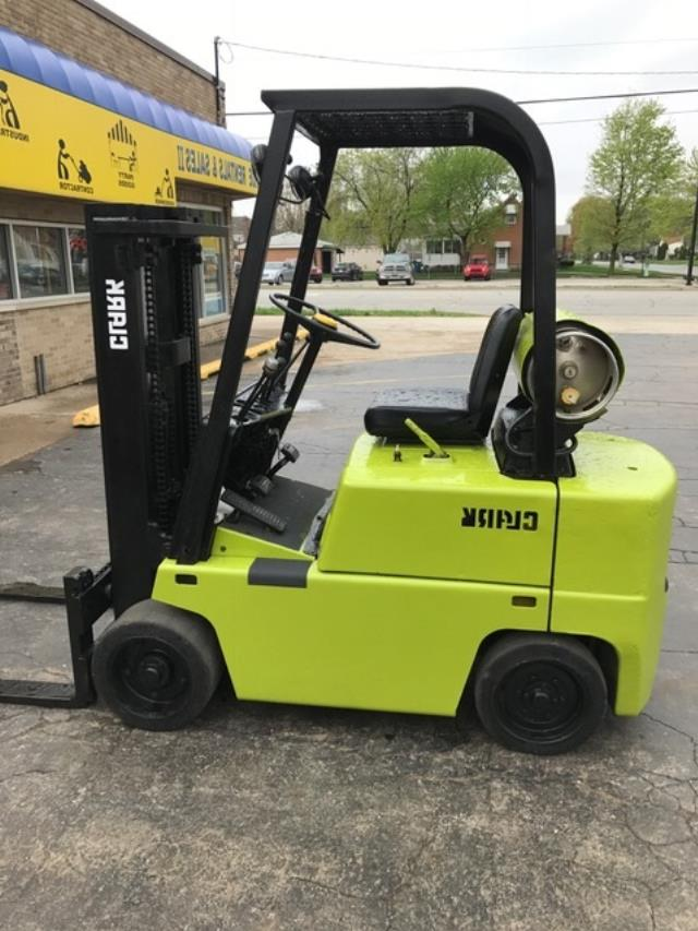 Where to find Forklift 3500  Capacity in South Chicago Heights